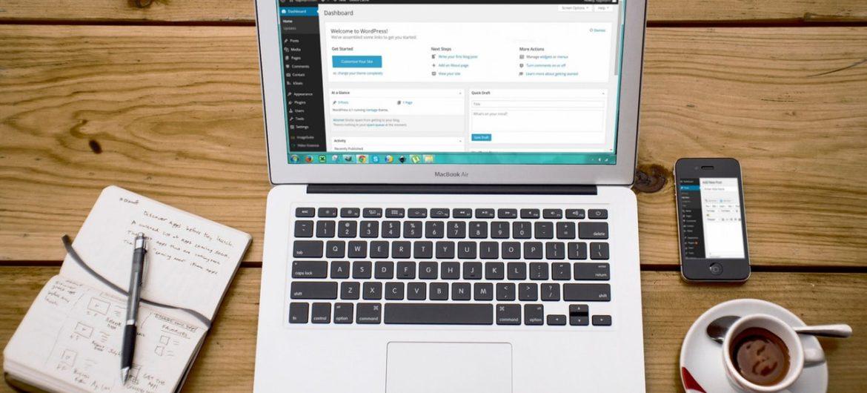 Tips For Starting Your Own RV Blog - Blog Lorelei Web Design