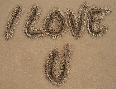 Sand in 50 Stunning Photoshop Text Effect Tutorials